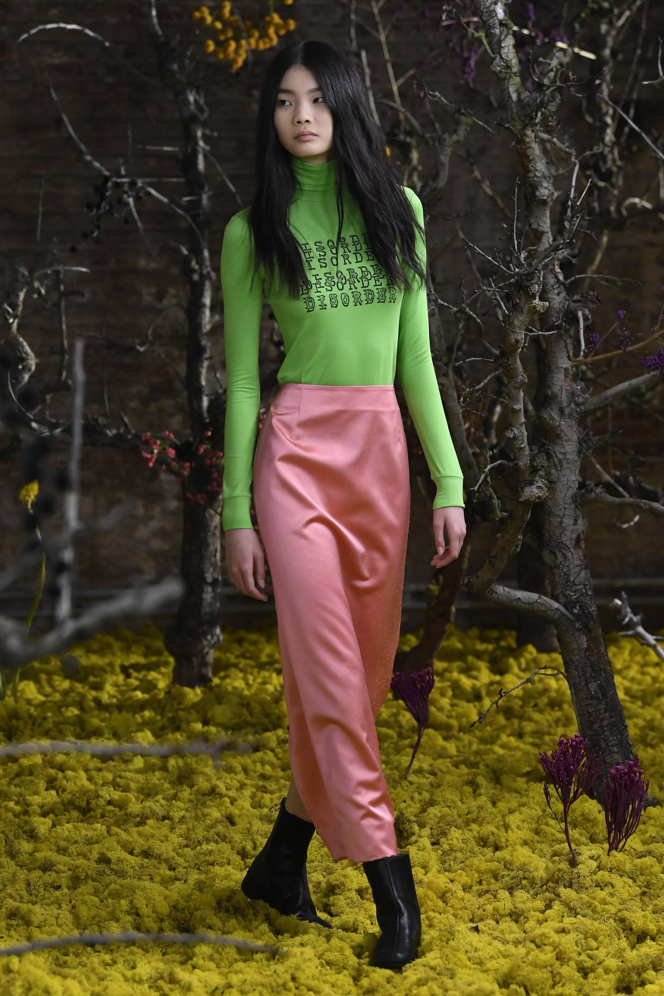 Одооноос өмсөж эхлэх энэ хавар-зуны сэтгэл сэргээм өнгөнүүд (фото 16)