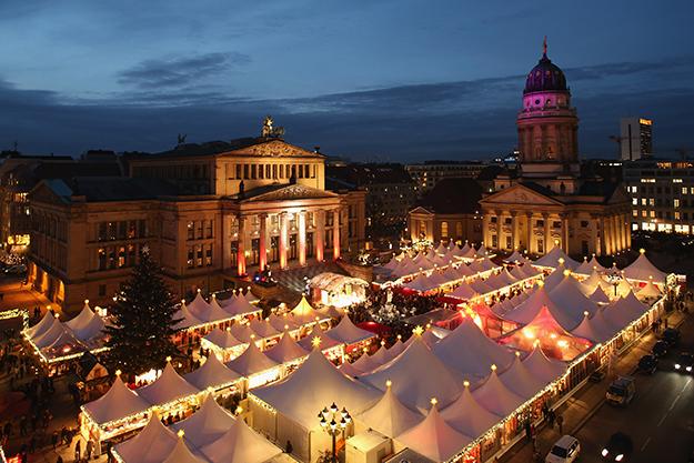 Шинэ жилийн баяраа хаана тэмдэглэх вэ: 14 сонирхолтой газар (фото 1)
