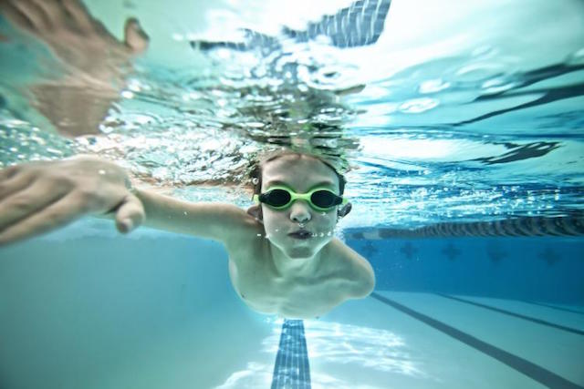 Өв тэгш биетэй болохыг хүсвэл усан спорт танд туслана (фото 1)