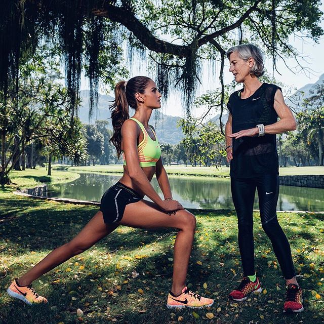 #BodyByIza New challenge    So inspired by all the athletes in Rio and after meeting with @joanbenoitsamuelson, I m ready to train and run my fastest 10K in Paris on Oct 2! Advice from the first-ever women s marathon champion: there is no finish line so let s get to it! Novo desafio #BodyByIza    Inspirada por todos os atletas no Rio durante as Olimpíadas e depois de conhecer @joanbenoitsamuelson, estou pronta para treinar e correr meus 10k mais rápidos em paris em 02 de outubro!!! Conselho da primeira campeã feminina de maratona: não existe linha de chegada!  então vamos lá! @nikewomen #vemjunto #focus #dedication #nonstop