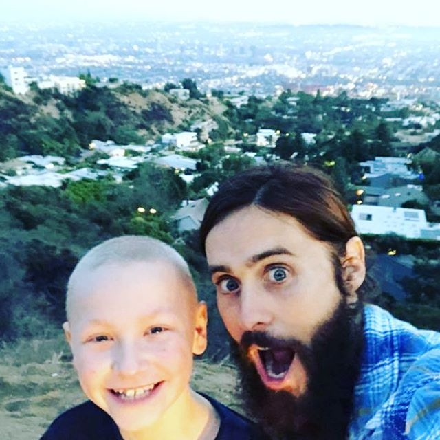 Hanging out with my buddy Noah in the city of angels. Keep him in your thoughts this holiday season, and if you can, help him battle Ewing s Sarcoma. http://youcaring.com/noahsbattle #TeamNoah