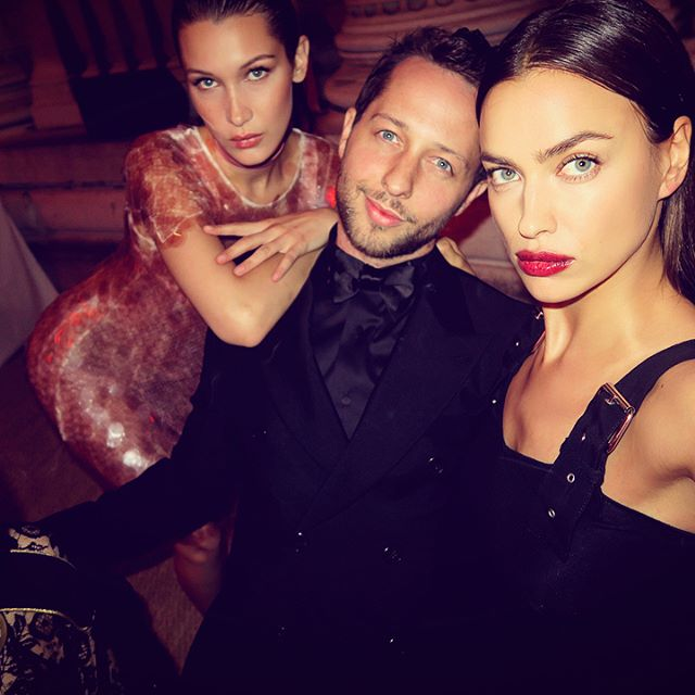 I know @irinashayk s birthday was yesterday but it took me 24 hours to find a pic of us where I didn t look like a creepy used car salesman. (Look how she and @bellahadid have these faces DOWN.) Happy birthday, sweet Rini!
