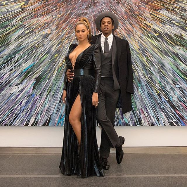 Music's power couple showing how it's done ahead of Grammys 2018 #queenbey #jayz #buro247singapore (RG: @beyonce)