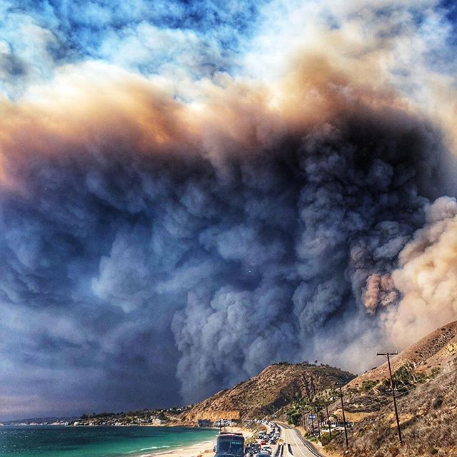 Malibu   One of my favorite places in the world is on fire   Prayers to my friends and everyone that lives there .