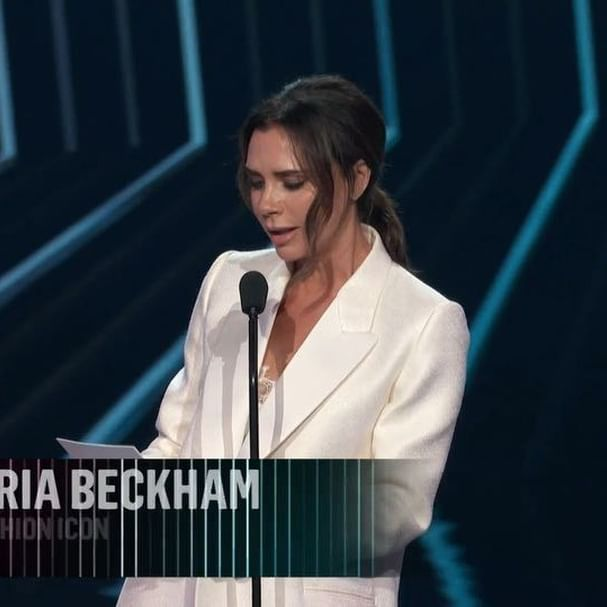 Honoured to receive the inaugural @PeoplesChoice Fashion Icon Award X vb #PCAs