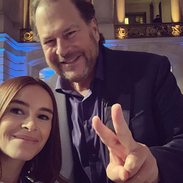 Meet the legend, Marc Benioff, a man who wears many hats    , not only is he the founder and CEO of Salesforce, the American cloud computing company that is currently No. 1 in Fortune's '100 Best Companies to Work For' but he is also a philanthropist I truly admire, an author, an Internet entrepreneur and so much more @salesforce Thank you for having us, Marc!