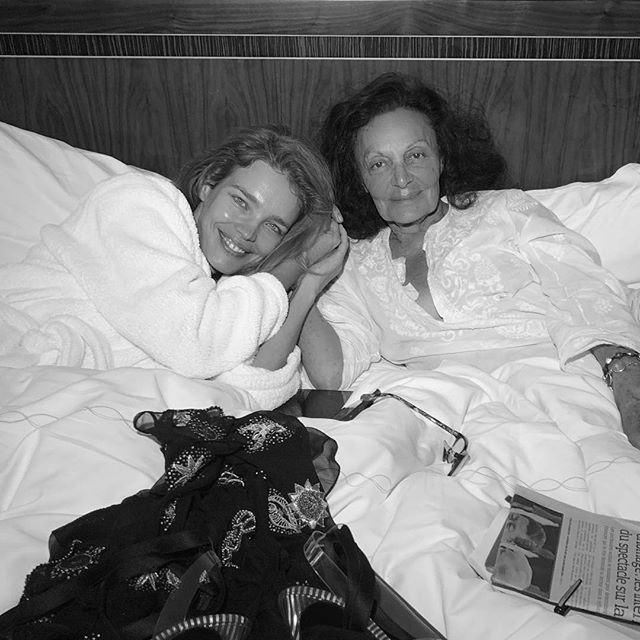 Breakfast in bed with @therealdvf