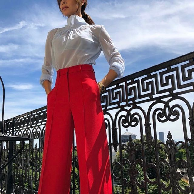 My favourite #VBPreSS19 look - red tailored wide leg trousers and the light blue gathered sheer top. Now available on my website and at #VBDoverSt! x VB
