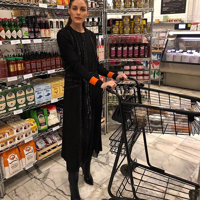 Fashion forward grocery shopping in @JasonWu.