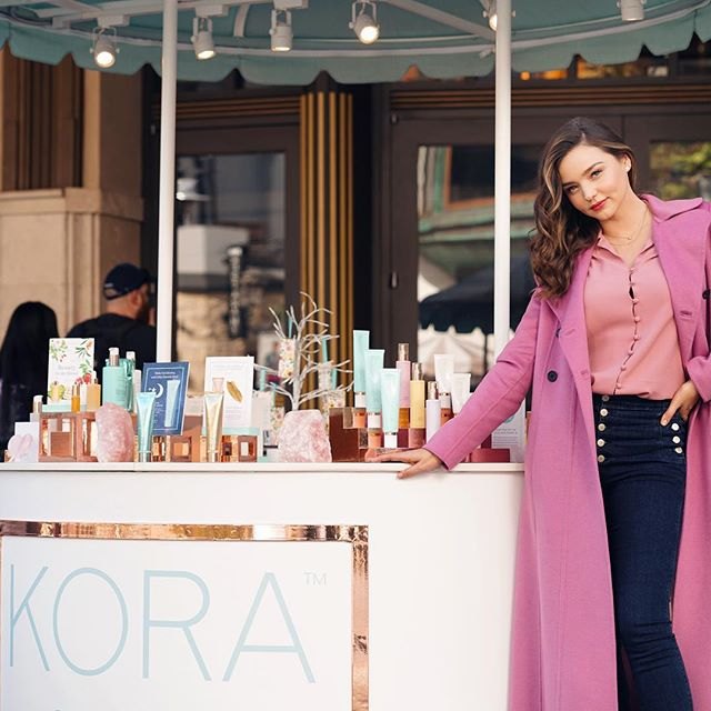 Come meet me at @thegrovela TONIGHT from 6-8pm! The first 200 people to spend $38 or more at our @koraorganics Pop Shop will get to come to our event and snap a signed Polaroid with me. Everyone will also receive a free reiki session and a rose quartz crystal to take home! The event will be at @189bydominiqueansel and all guests will enjoy refreshments & delicious appetizers from Dominique Ansel too! Can t wait to see you all there