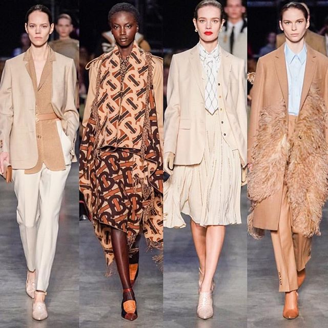@RiccardoTisci17 s       second runway collection for @Burberry, he dedicated this show to the youth of today and to inspire them to express their voices and find the beauty in it   #Burberry #RiccardoTisci #AdutAkech #NataliaVodianova #IrinaShayk #FranSummers #MariacarlaBoscono #BirgitKos #fw19 #aw19 #lfw #londonfashionweek #burberryshow #newera #vogue #voguemagazine / photo credit: @voguerunway