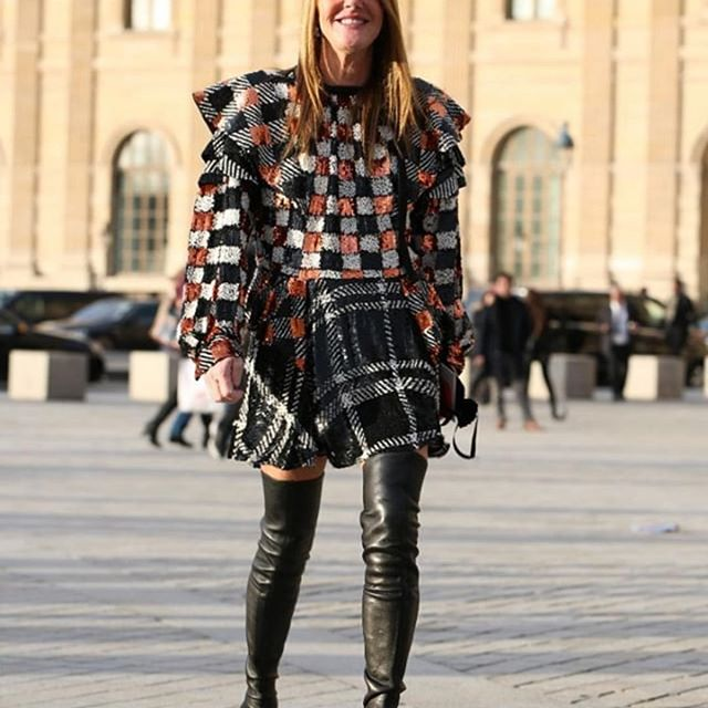 @louisvuitton #louisvuitton at Louvre   by @felixfelixfashionmode and @gettyimages