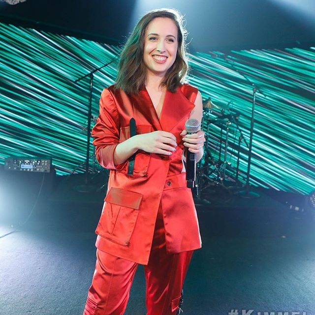 #FunnyBusiness from @AliceMerton!
