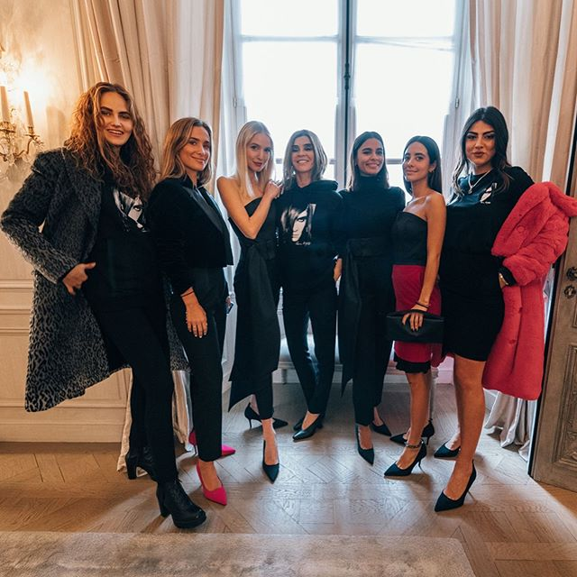 Want to dress like a French fashion editor? Yesterday, @carineroitfeld shared her top styling tips with influencers @elenacarriere, @mariapombo, @leoniehanne, @emitaz, @mariafrubies and @giuliasalemi. #KARLLAGERFELD