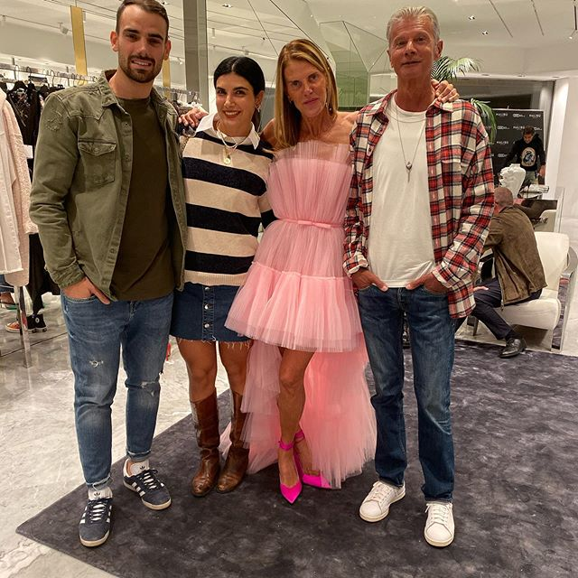 @malibu_store_it opening party  @albertagioia @antoniocapuano90 @angelogioia57