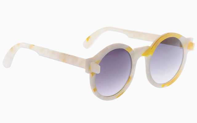 10feb4dcee61 01     08. DESIGN · iSaloni · bioplastic sunglasses · collection 1 · crafting  plastics